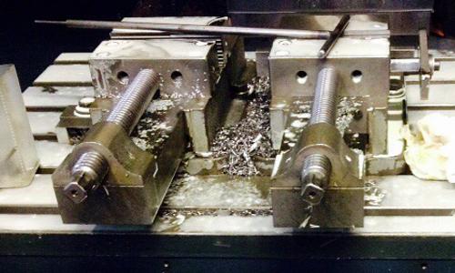 Cit Service - Attività: Meccanica - riparazione e sostituzione protezioni telescopiche