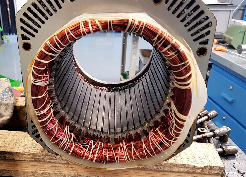 Avvolgimento motore mandrino © Ingenia