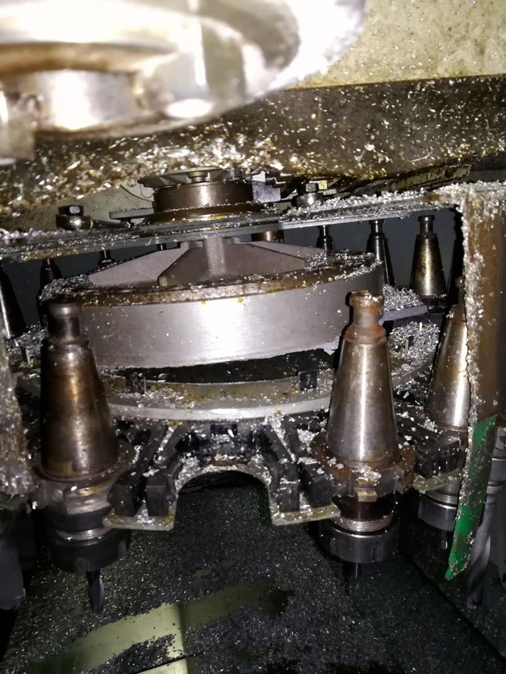 Danneggiamento disco causa urto © Ingenia