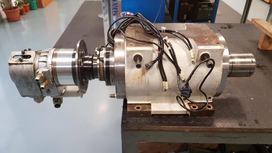 Revisione elettromandrino tornio e pistone di bloccaggio © Ingenia
