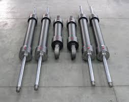 Revisione pistoni idraulici © Ingenia