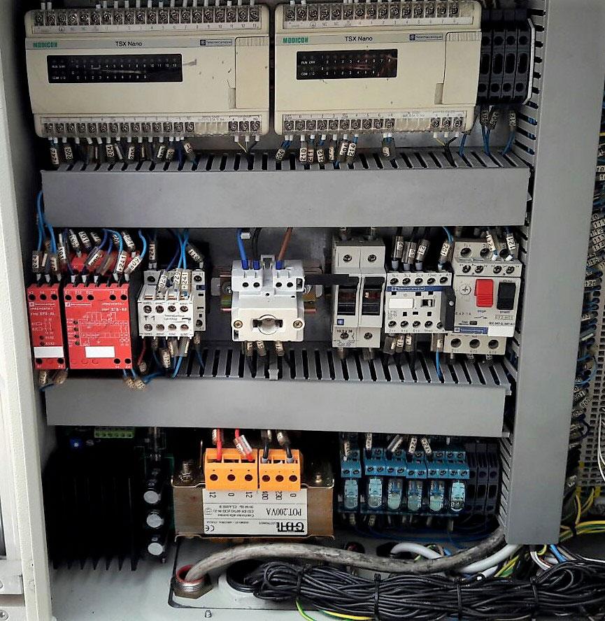PLC e automazione industriale © Ingenia