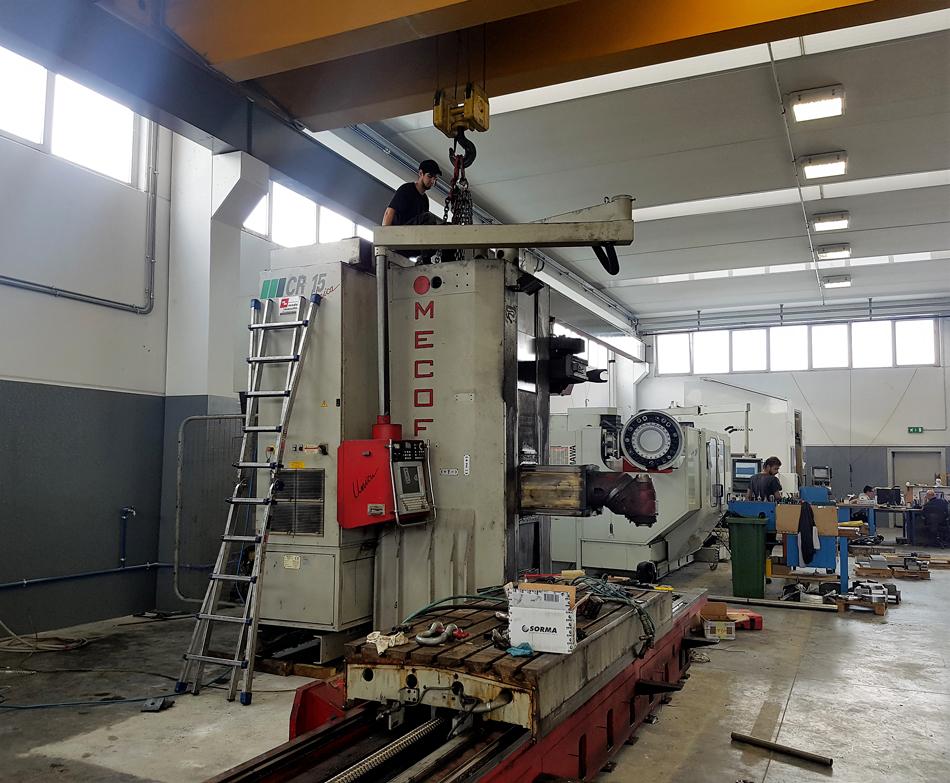 Preparazione al carico fresatrice MECOF © Ingenia