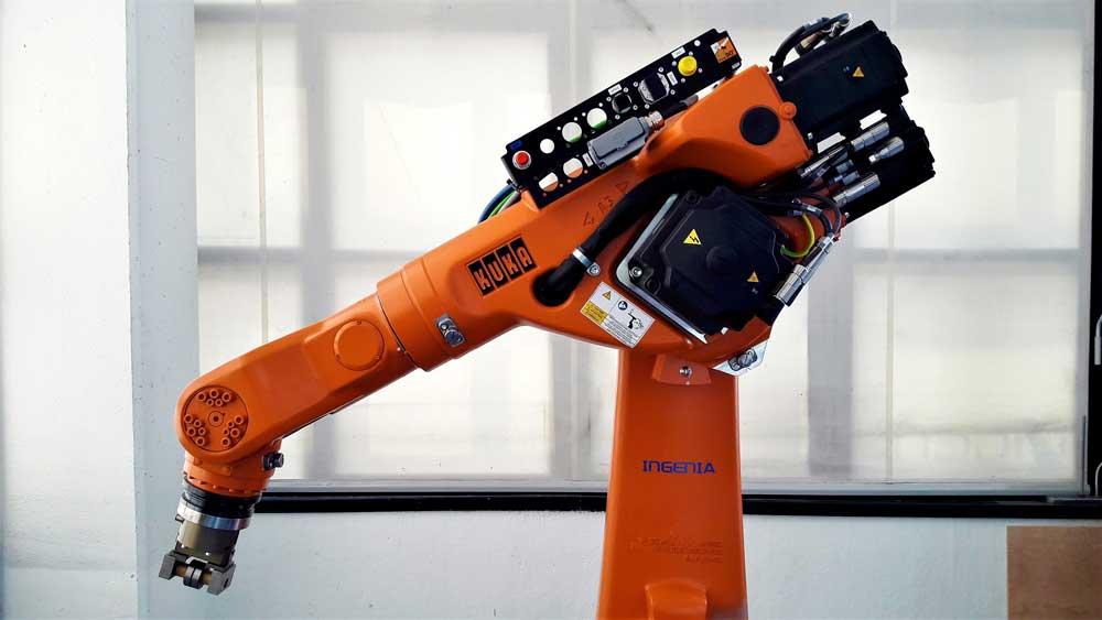 Braccio Robot KUKA KR 60-3 © Ingenia
