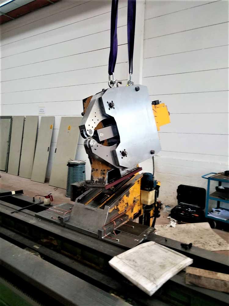 Installazione lunetta tornio TACCHI HD3 105L © Ingenia