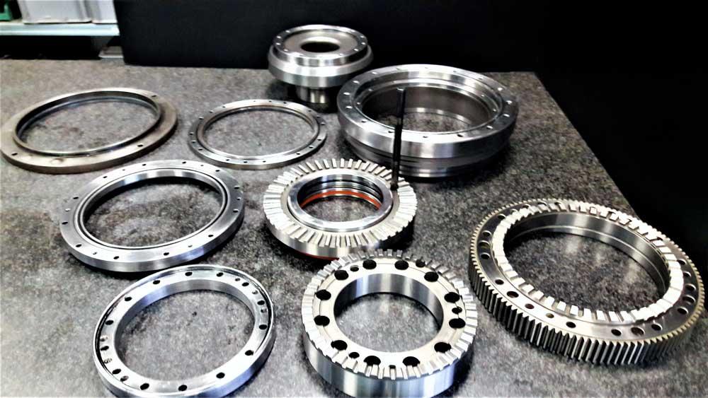 Rettifica e cromatura flangie ed anelli © Ingenia