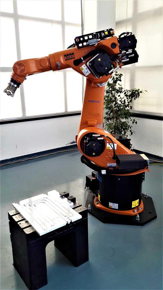 Robot KUKA © Ingenia